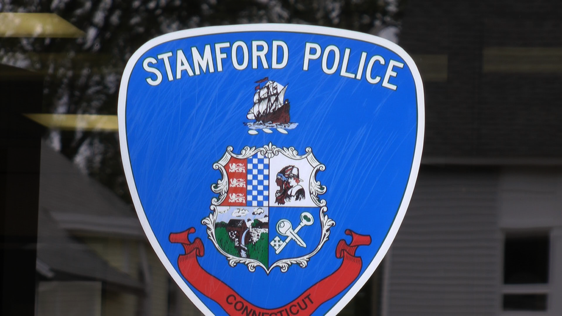stamford police hosting backpack give away stamford ct